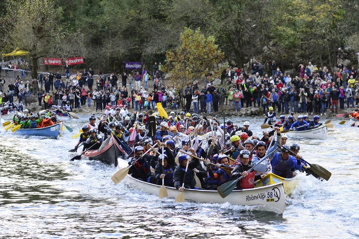 Le départ du Challenge des Gorges de l'Ardèche, le 9 novembre 2013