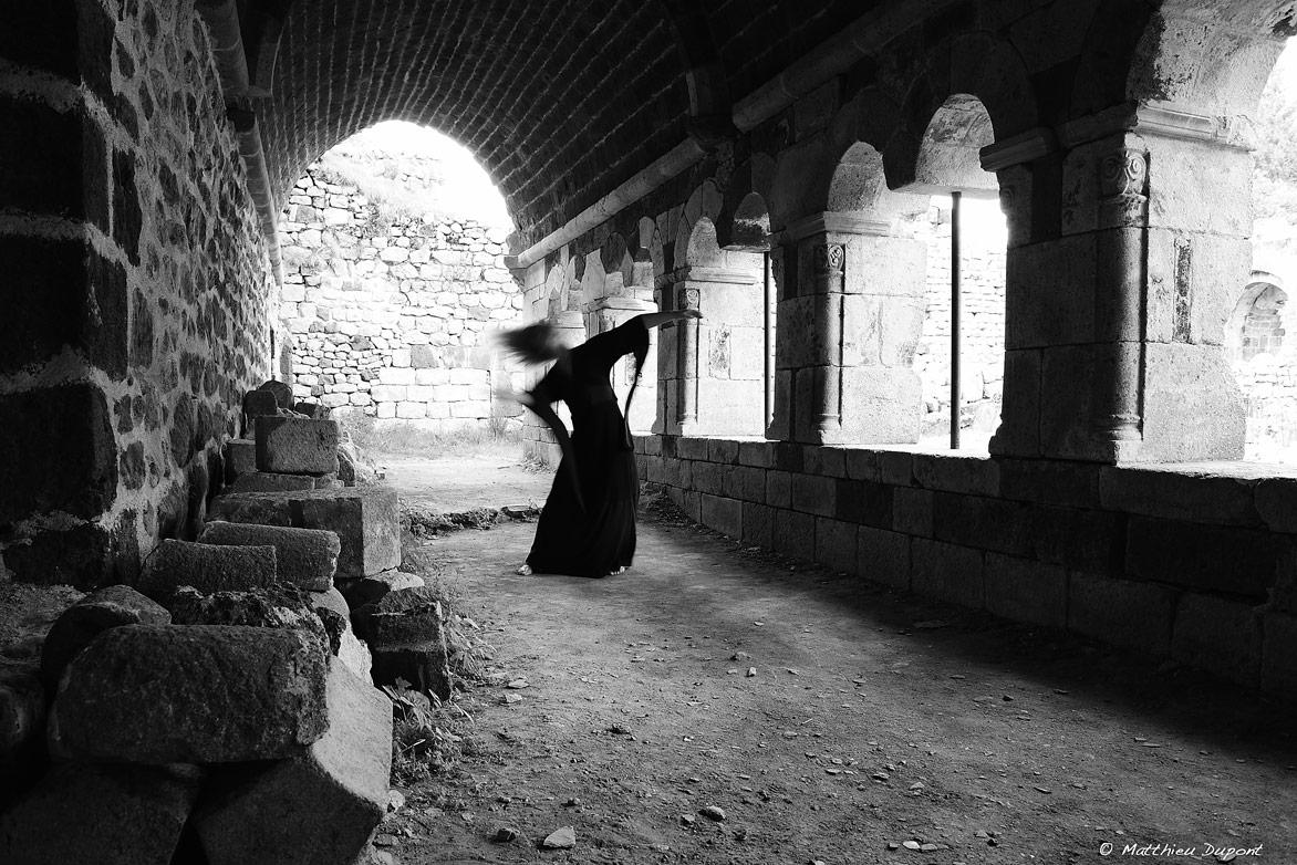 mazan-abbaye-danse-matthieu-dupont
